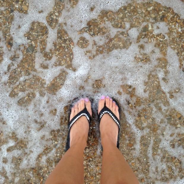 the hostel girl flip flops