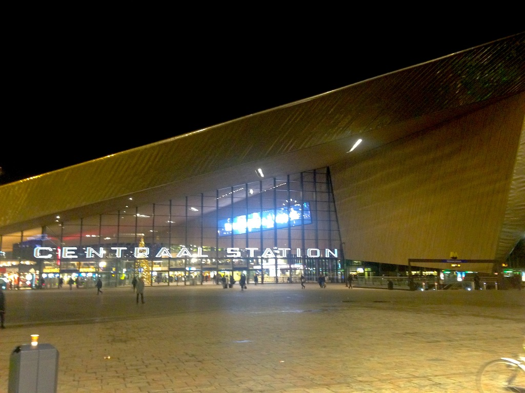 Nightfall in the Netherlands_Rotterdam_1