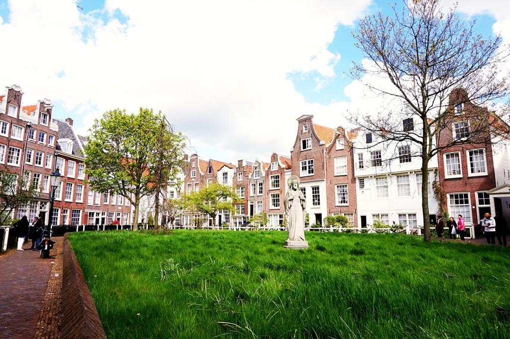 Begijnhof Amsterdam 01 sz