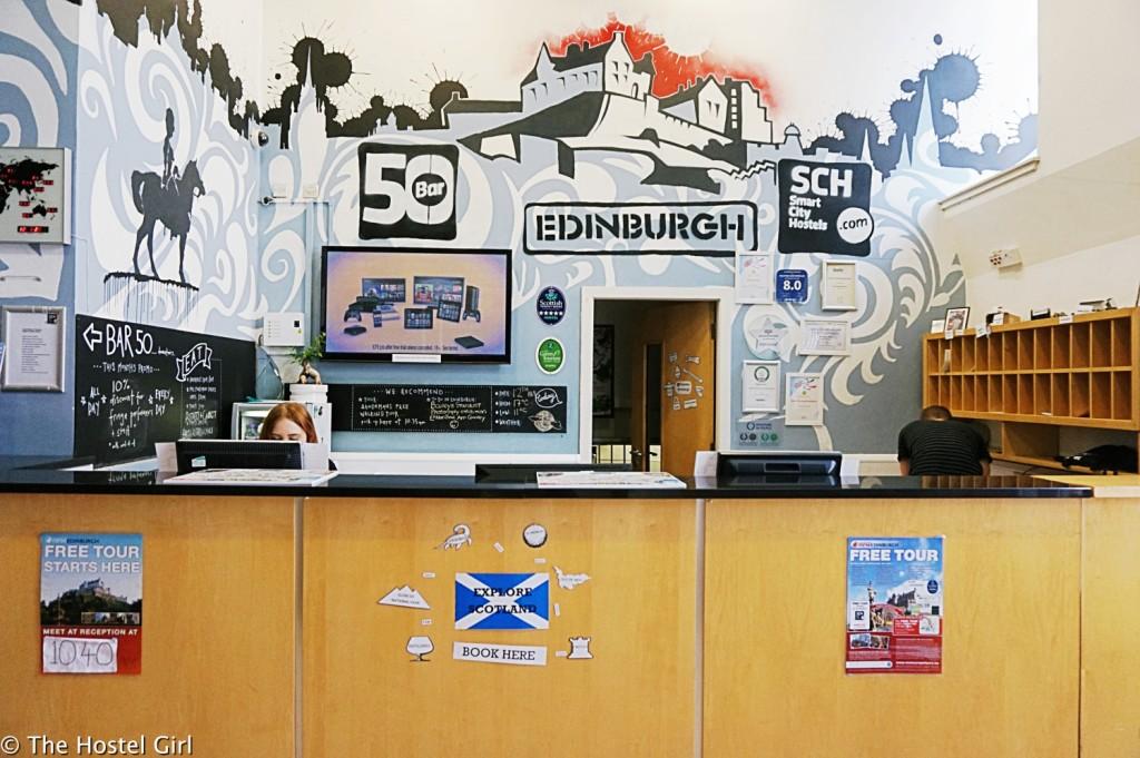 batch_Review - Smart City Hostel Edinburgh Scotland 18 cr