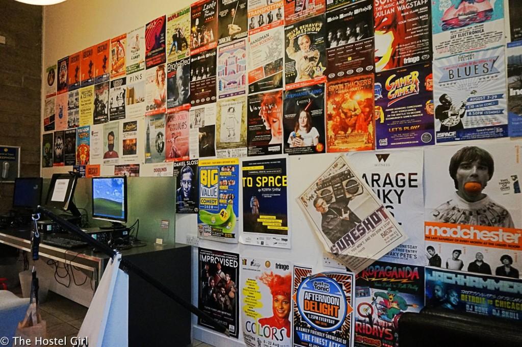 batch_Review - Smart City Hostel Edinburgh Scotland 20 cr