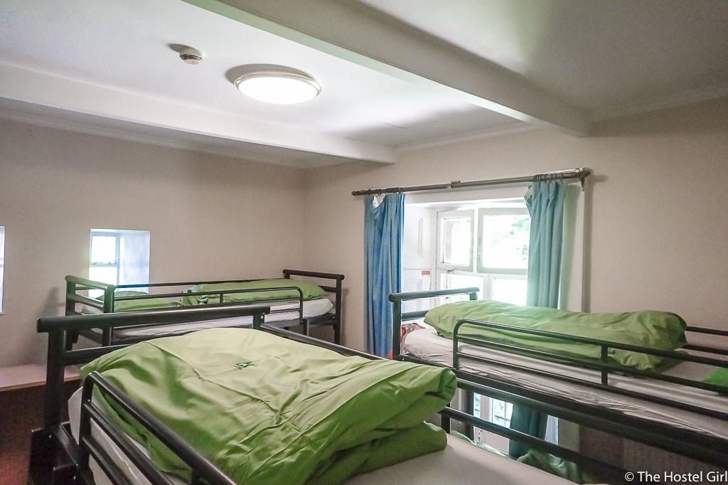 sz REVIEW YHA Bath Hostel-3