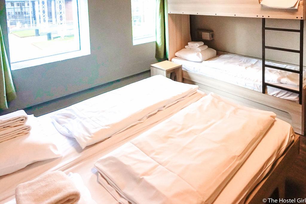 Hostel Review MEININGER Amsterdam Netherlands - 20