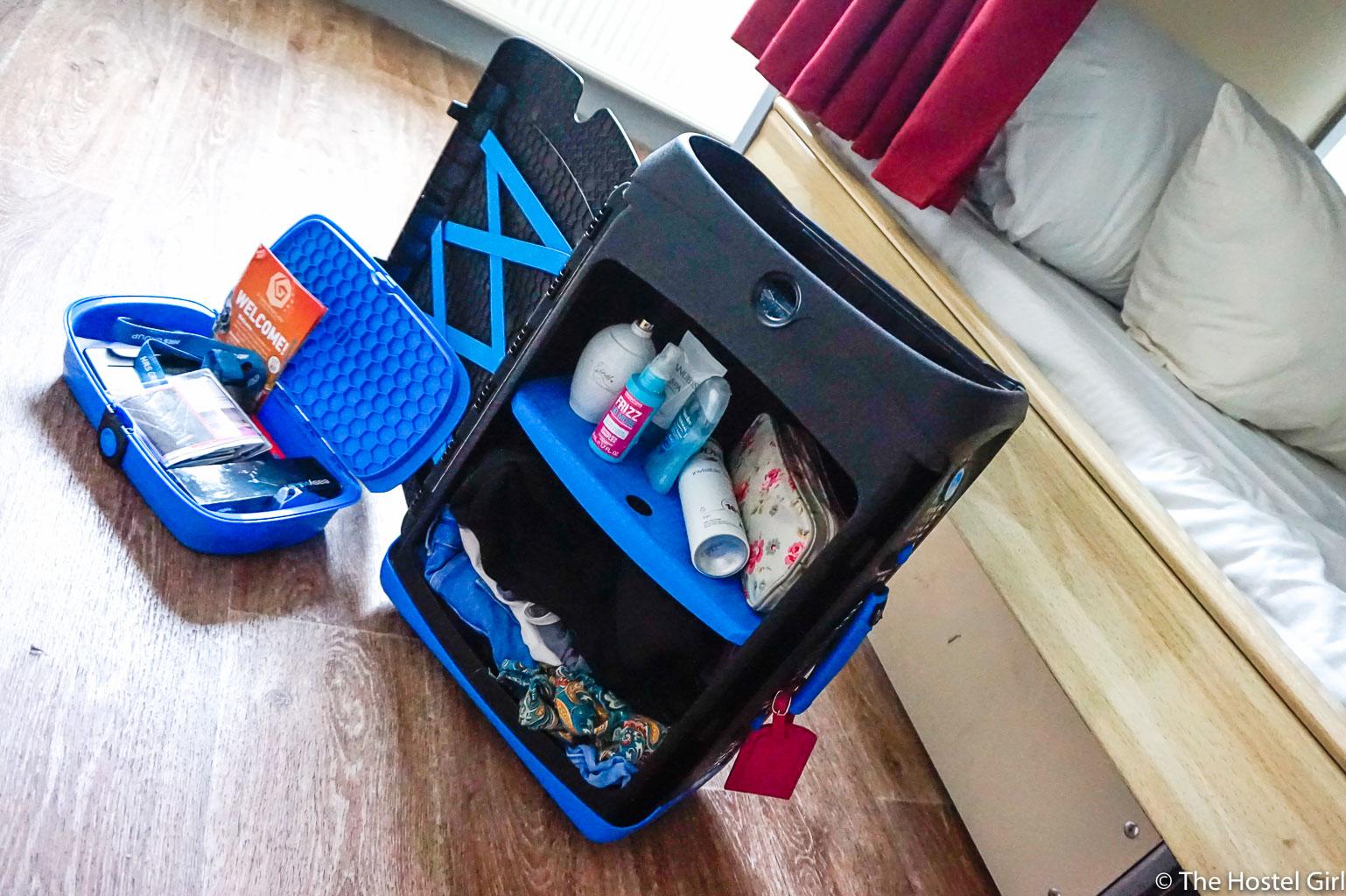 Jurni Suitcase Review Myjurni To Paris The Hostel Girl