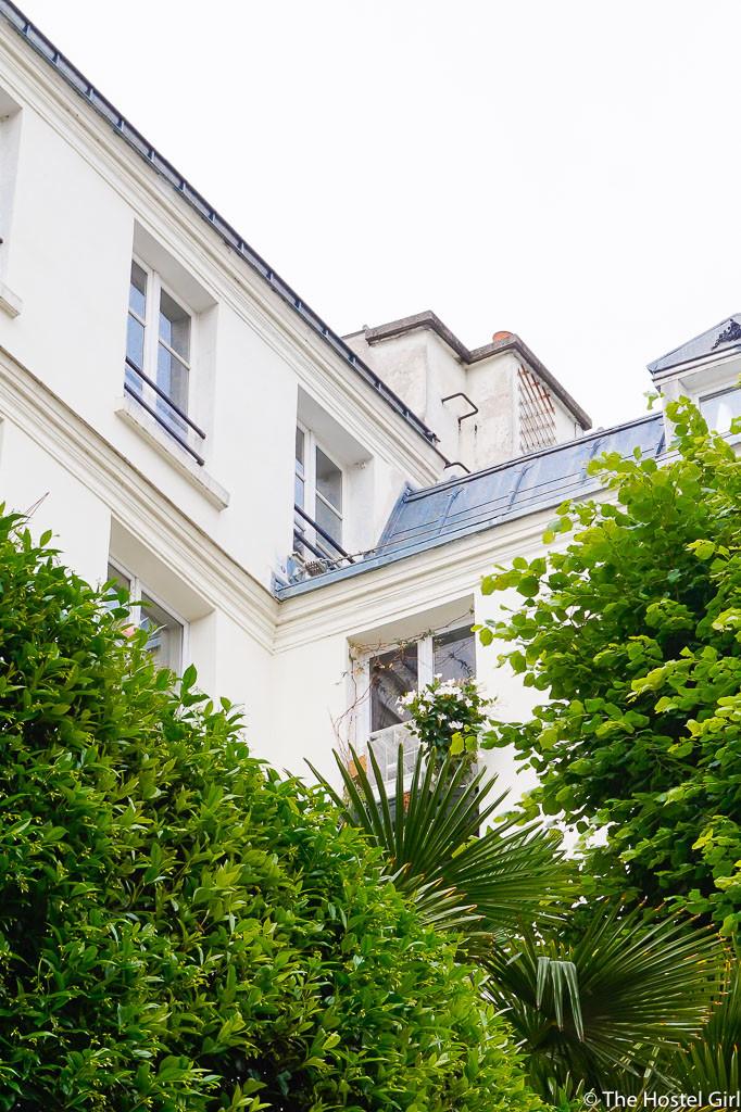 Exploring Le Marais with RobertPINK Paris Walking Tour
