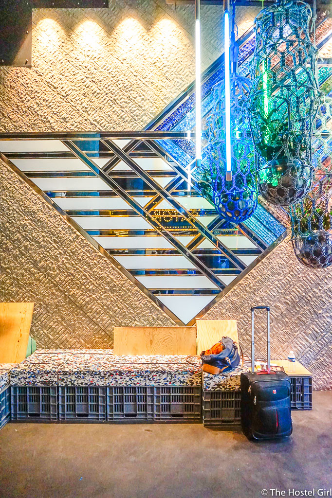 khayma generator hostel rooftop bar paris 4. Black Bedroom Furniture Sets. Home Design Ideas