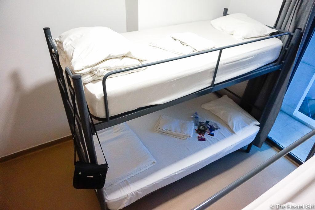 HOSTEL REVIEW Hans Brinker Hostel Lisbon -6