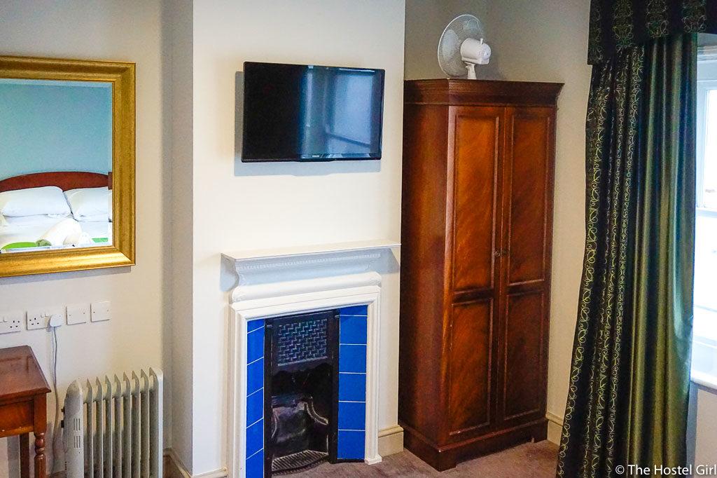 YHA Brighton Hostel Review -5