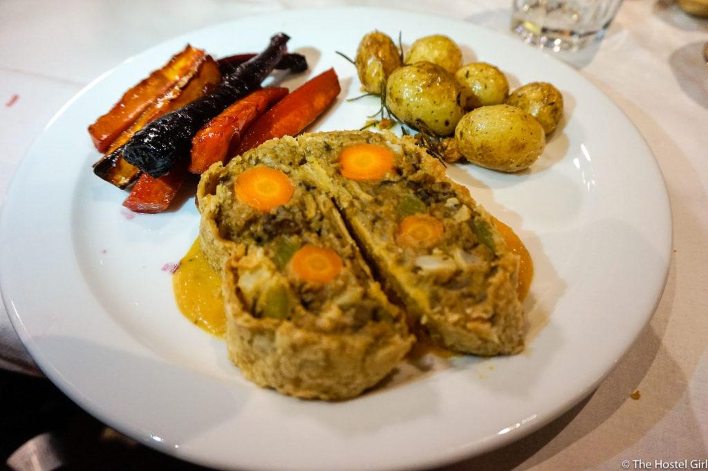 ClinkNOORD Vegan Christmas Dinner With Clink Hostels -5